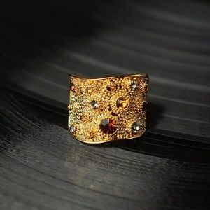 Jewelry - Gold fashion Gem stone cocktail ring size 7